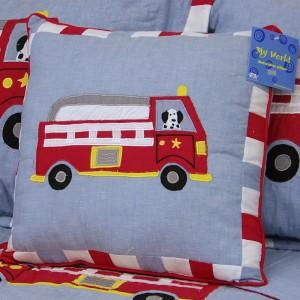 pem-america-truck-pillow-1