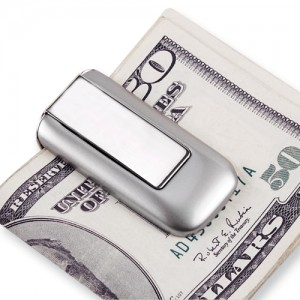 silver-finish-lighted-money-clip-by-goldia-1